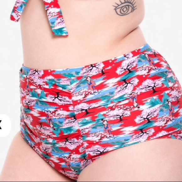 5ee2089f6e5 New Disney Mulan Retro Plus Size 2 Swim Bottoms